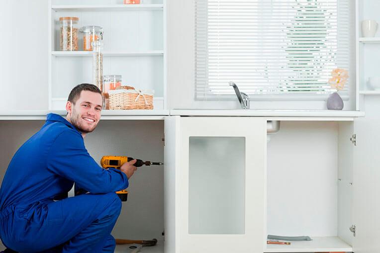 montaggio mobili Ikea professionista del montaggio mobili